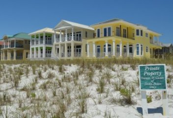 house in destin