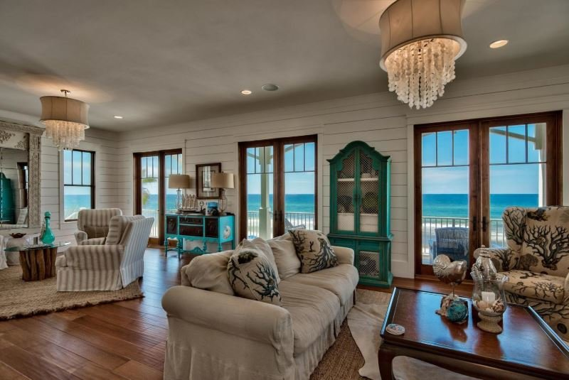 Great room in Gulf Trace beachfront home