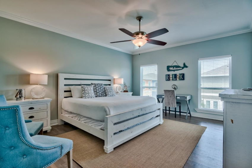Miramar Beach home in Treasure Sands - master bedroom