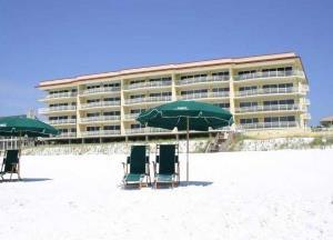 Dunes of Crystal Beach low rise condos in Destin FL