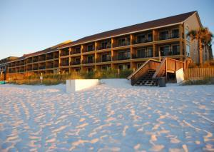 Coral Reef Club low rise condos in Destin FL
