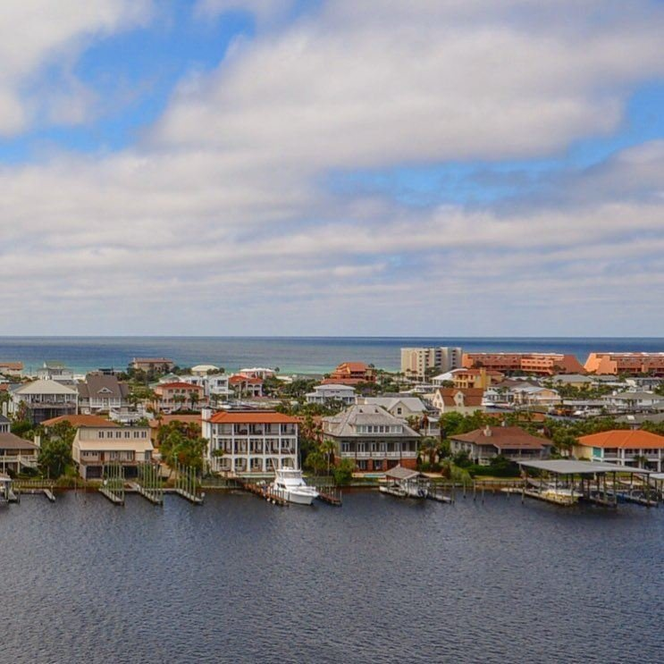 Destin harborfront homes for sale