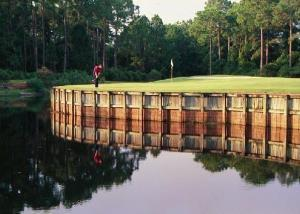 Golf homes in Indian Bayou
