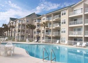 Maravilla low rise condos in Destin FL