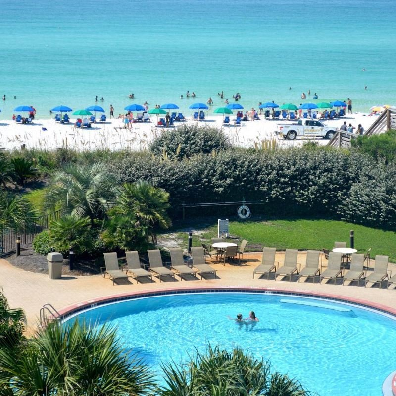 Miramar Beach Gulf front pool