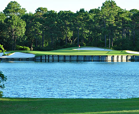 Regatta Bay golf course